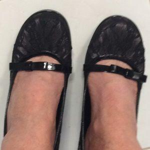 So black lace pumps sz 7